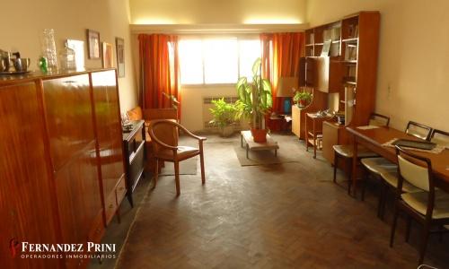 Av. Rivadavia 5485, 2 Habitaciones Habitaciones, 3 Rooms Rooms,1 BañoBaños,Departamento,Venta,Av. Rivadavia 5485,11,1076